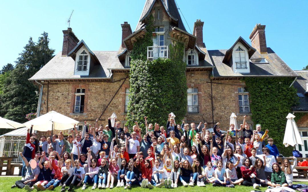 Rencontre des élèves de 6ème avec leurs correspondants anglais au Château de la Baudonnière